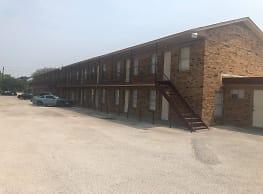 Ridgeway Terrace Apartments - Arlington