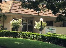 Pine Grove Apartments - Modesto