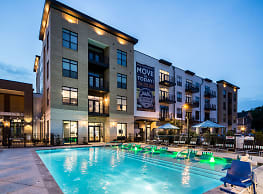 The Village at Commonwealth - Charlotte