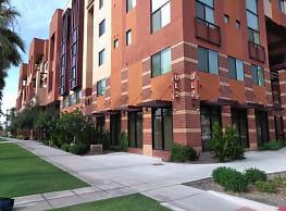 Urban Living on 2nd Avenue - Phoenix