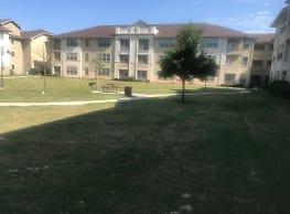 Montabella Pointe Apartments - San Antonio