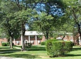 Royal Gardens - East Brunswick