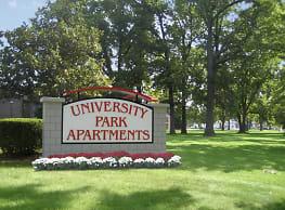 University Park Apartments - Louisville