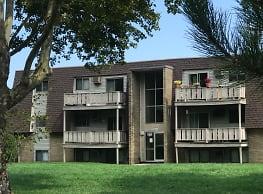 Foxborough Commons - Sandusky
