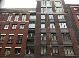 HISTORIC FRONT STREET - New York