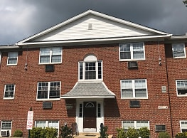 Pine Valley Apartments - New Castle