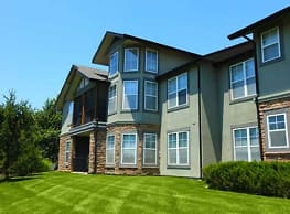 Deer Creek Apartment Homes - Overland Park