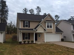 This 4 bed 2.5 bath is ready to be your next home. - Kannapolis