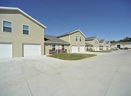 Kinway Apartments - Evansville