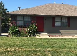 3 Bedroom Duplex in Blue Springs-$1049.00 ( New... - Blue Springs