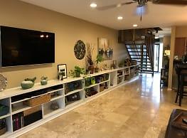 444 Lunalilo Home Rd - Honolulu