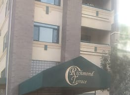 Richmond Terrace Condominiums - Appleton