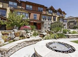 Lake Vista Luxury Apartments - Loveland