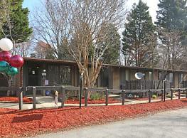 The Village at Rankin - Greensboro