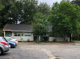 Regency Oaks - Pensacola