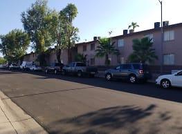 Mission Place Apartments - Phoenix