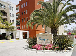 Seaport Homes Luxury Condos & Townhouses - San Pedro