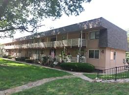 Corby Grove Apartments - Saint Joseph