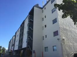Garcia Apartments - Miami