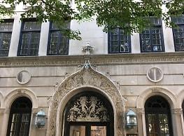 415 W Aldine Ave - Chicago