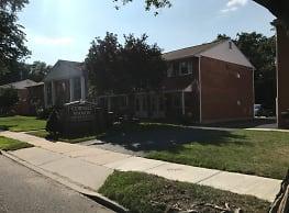 Cornell Manor Apartments - Stratford