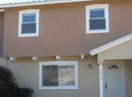 North Valley townhouse available for lease. - Albuquerque