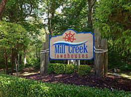 Mill Creek Townhouses - North Kingstown