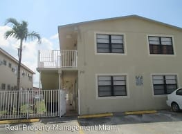 110 W 26th St - Hialeah
