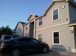 La Joya apartments - Laredo
