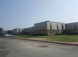 Hampton Terrace Apts - Dallas