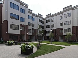 Lofts at Middlesex - Middlesex