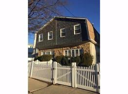 438 Mason Ave - Staten Island
