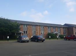 Sherbrook Apartments - Cortland
