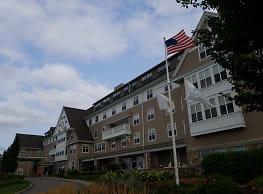 Tockwotton On The Waterfront Senior Living - East Providence