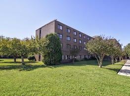 Willow Run Apartments - Huntsville