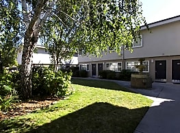 Whitman Villa Townhomes - Hayward