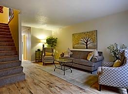 Brookside Apartments - Hewitt