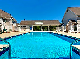 Buckhorn Station Apartment Homes - Cudahy