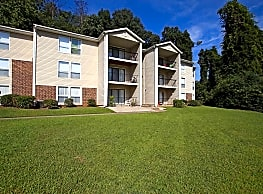 Emerald Pointe Apartment Homes - Hoover