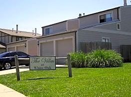 The Villas of White Oak - Wichita