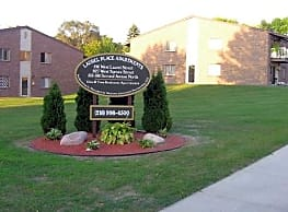 Laurel Place Apartments - Fergus Falls