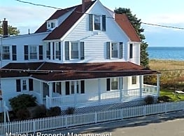 2 Bay Ave - Old Orchard Beach