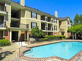South Bluffs Apartments - Memphis