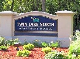Twin Lake North Apartments - Brooklyn Center