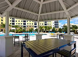 Bayview Student Living - North Miami