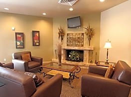 Paradise Vista Apartments - Glendale
