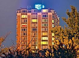 Key Towers Apartments - Alexandria