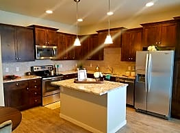 Townhomes at Silvercloud - Boise