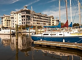 East Beach Marina Apartments - Norfolk