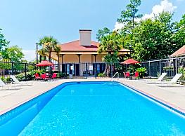 Royal Gulf Apartments - Biloxi